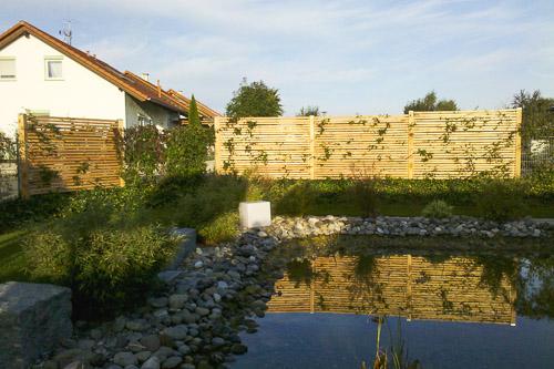 Zäune und Sichtschutz aus Holz
